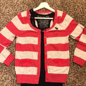 Abercrombie & Fitch 3/4 length sleeved cardigan. S